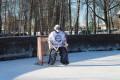 Nedēļas nogales hokeja mači Priekules publiskajā slidotavā