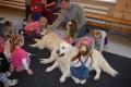 Kalētu pirmsskolas bērni iepazīst kanisterapijas suņus 07.12.2016.